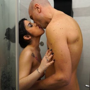 Ana Shower and Blow