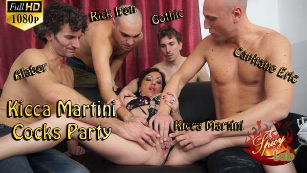 Kicca Martini Cocks Party